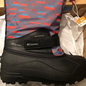 Columbia boots (NEW)